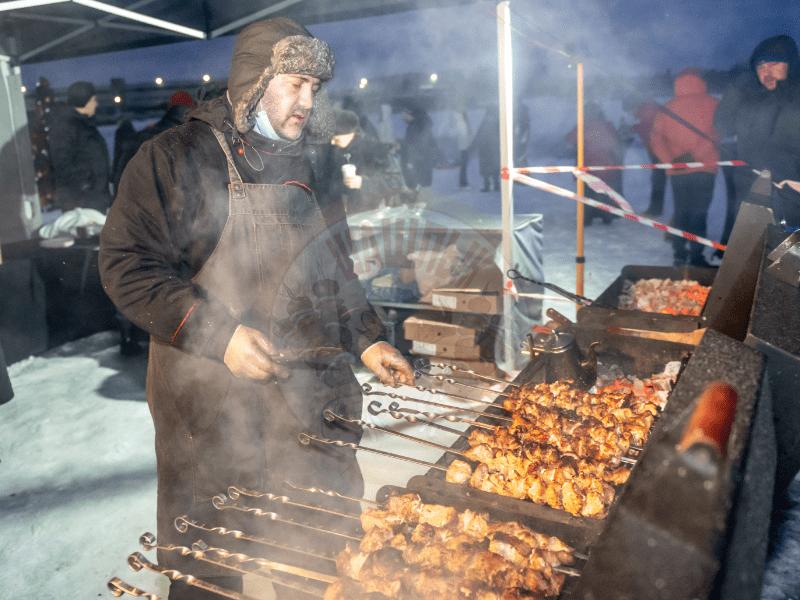 Зимнее барбекю с шашлыками