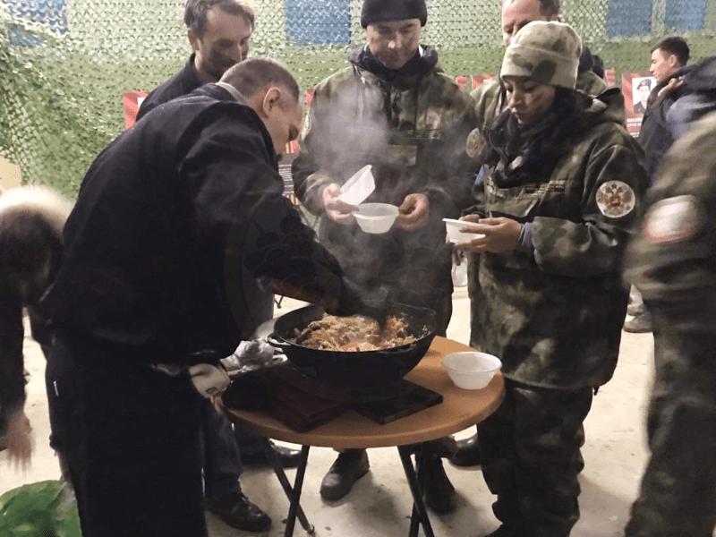 Шашлычник повар на 23 февраля
