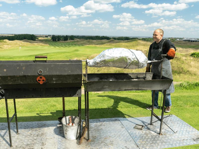 Приготовление блюд на вертеле